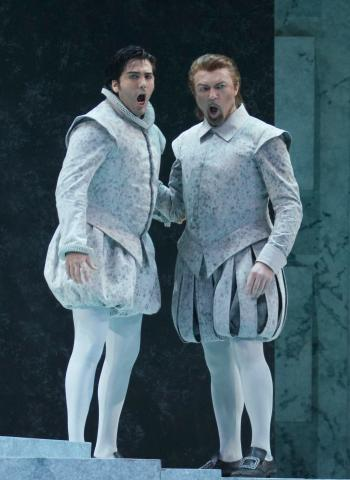 Don Carlo (Giancarlo Monsalve), Posa (Davide Damiani)    (fot. K. Walkowska)