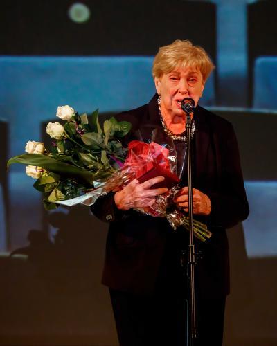Barbara Konina odbiera Odznaczenia (fot. K. Bielinski)